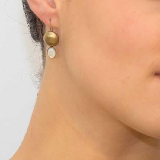 Boucles d'oreilles Victoria goutte nacre